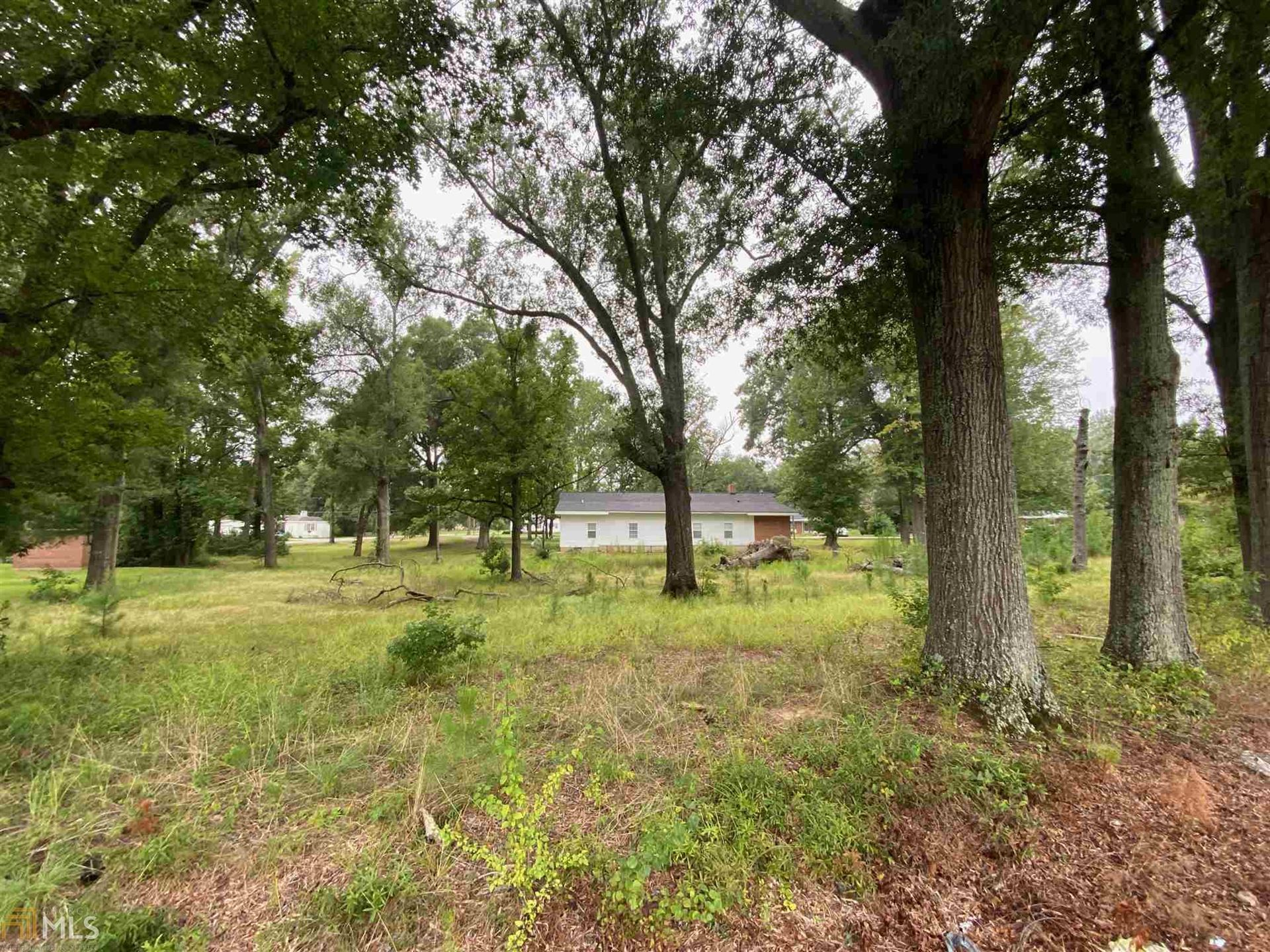 Photo of 419 Morningside Dr, Sandersville, GA 31082 (MLS # 8903911)