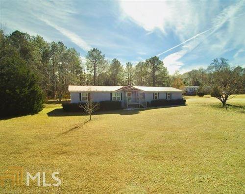 Photo of 456 Edgewater Dr, Byron, GA 31008 (MLS # 8903980)