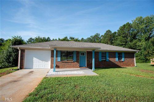 Photo of 60 Windridge Dr, Covington, GA 30014 (MLS # 8819981)