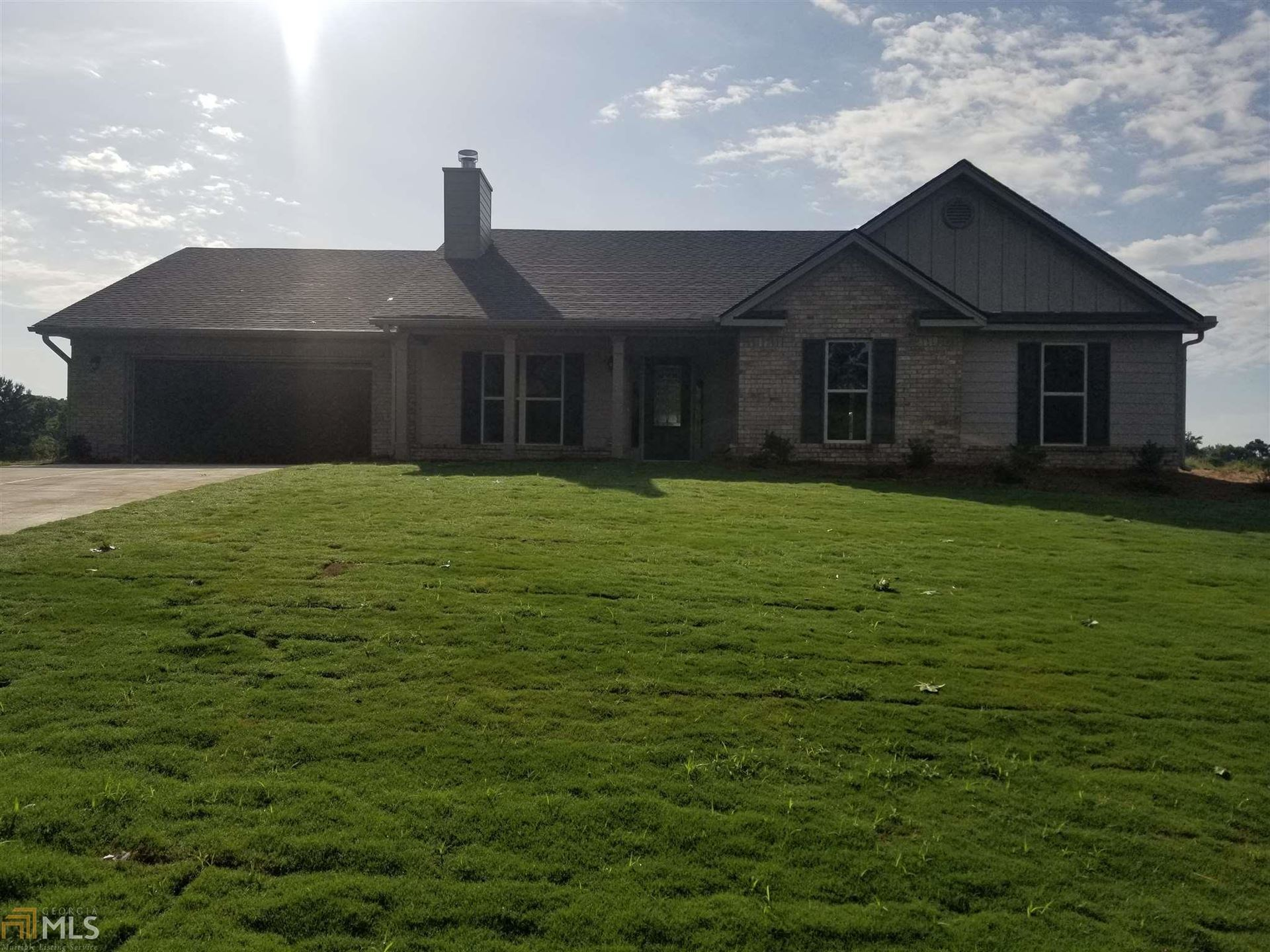 Photo for 354 Skyview Dr, Winterville, GA 30683 (MLS # 8573994)