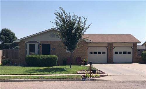 Photo of 2120 Mohawk Drive, Garden City, KS 67846 (MLS # 18036)