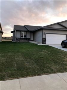 Photo of 1906 East Prairie View Drive, Garden City, KS 67846 (MLS # 17059)
