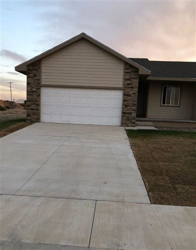 Photo of 1920 East Prairie View Drive, Garden City, KS 67846 (MLS # 17060)