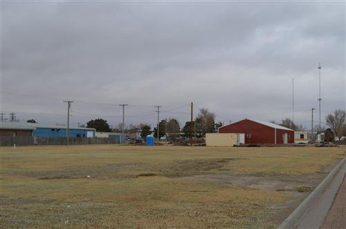 Photo of 2607 North 10th, Garden City, KS 67846 (MLS # 17132)