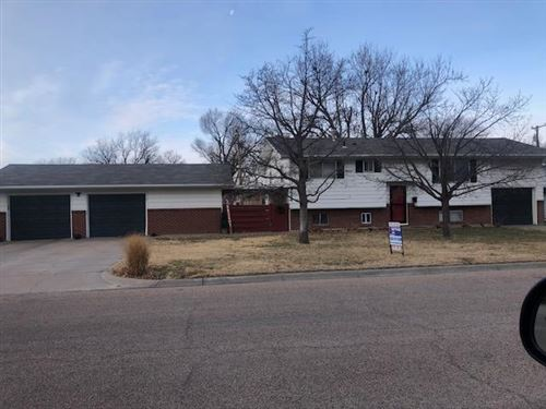 Photo of 1203 Ridgewood Drive, Garden City, KS 67846 (MLS # 17148)