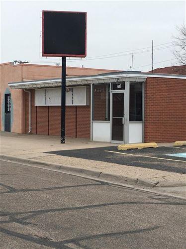 Photo of 701 East Kansas Plaza, Garden City, KS 67846 (MLS # 17252)