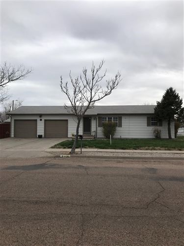 Photo of 2315 North Dee Avenue, Garden City, KS 67846 (MLS # 17292)