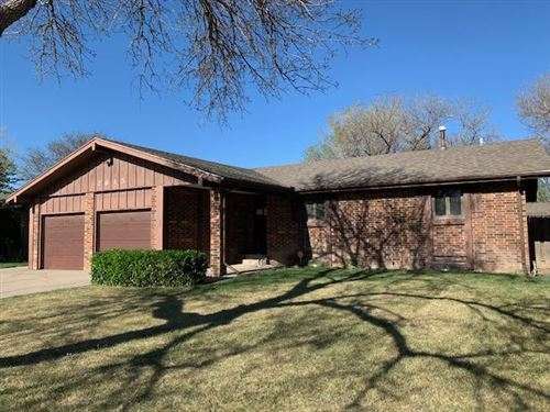 Photo of 2615 North Belmont Place, Garden City, KS 67846 (MLS # 17325)