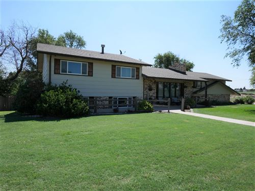 Photo of 870 Oeding Place, Garden City, KS 67846 (MLS # 17362)