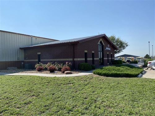Photo of 220 Airlinks Road, Garden City, KS 67846 (MLS # 17509)