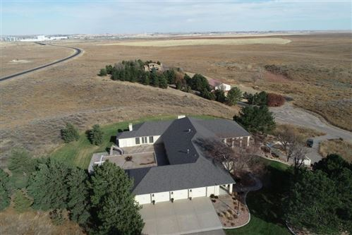 Photo of 201 Chelsey Court, Garden City, KS 67846 (MLS # 17579)