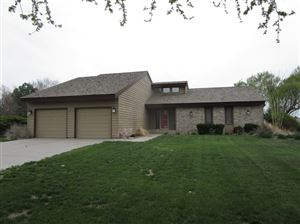 Photo of 2107 Grandview Drive, Garden City, KS 67846 (MLS # 16755)