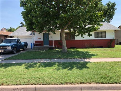 Photo of 1018 Evans Street, Garden City, KS 67846 (MLS # 17907)