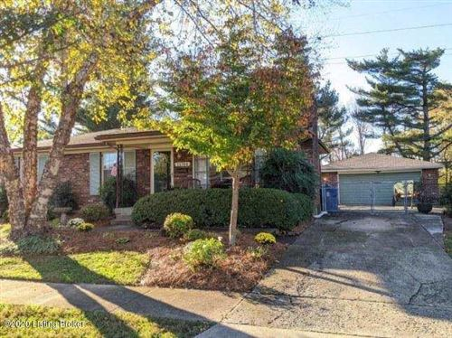 Photo of 11704 Mahogany Dr, Louisville, KY 40272 (MLS # 1573022)