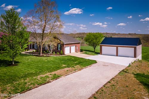 Photo of 738 Truax Rd, Shelbyville, KY 40065 (MLS # 1583047)