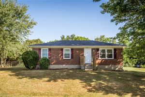 Photo of 1001 W Mailback Way, Crestwood, KY 40014 (MLS # 1541062)