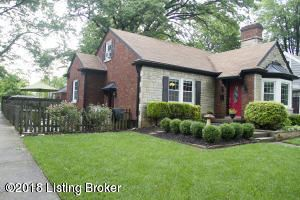 Photo for 4101 Hycliffe Ave, Louisville, KY 40207 (MLS # 1587071)