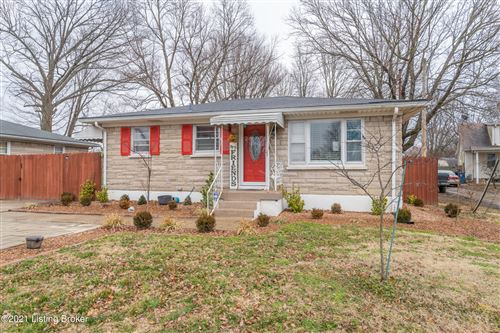 Photo of 5109 Terry Rd, Louisville, KY 40216 (MLS # 1580082)