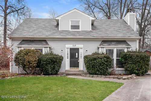 Photo of 717 Lydgate Cove, Louisville, KY 40222 (MLS # 1577085)