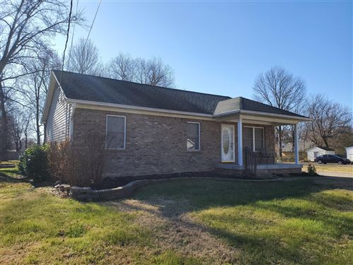 Photo of 4952 Princeton Ave, Louisville, KY 40258 (MLS # 1549094)