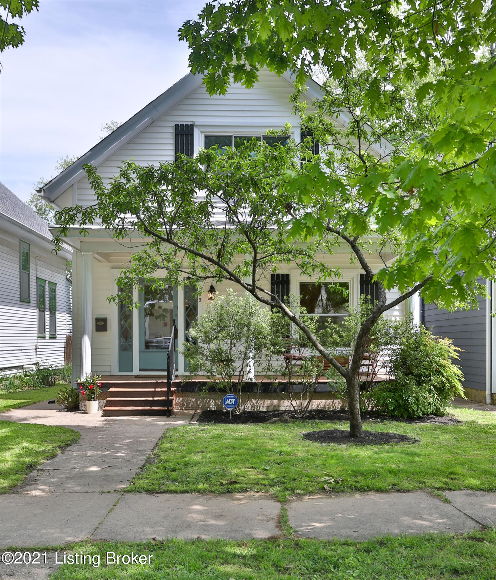 Photo for 203 S Hite Ave, Louisville, KY 40206 (MLS # 1585104)