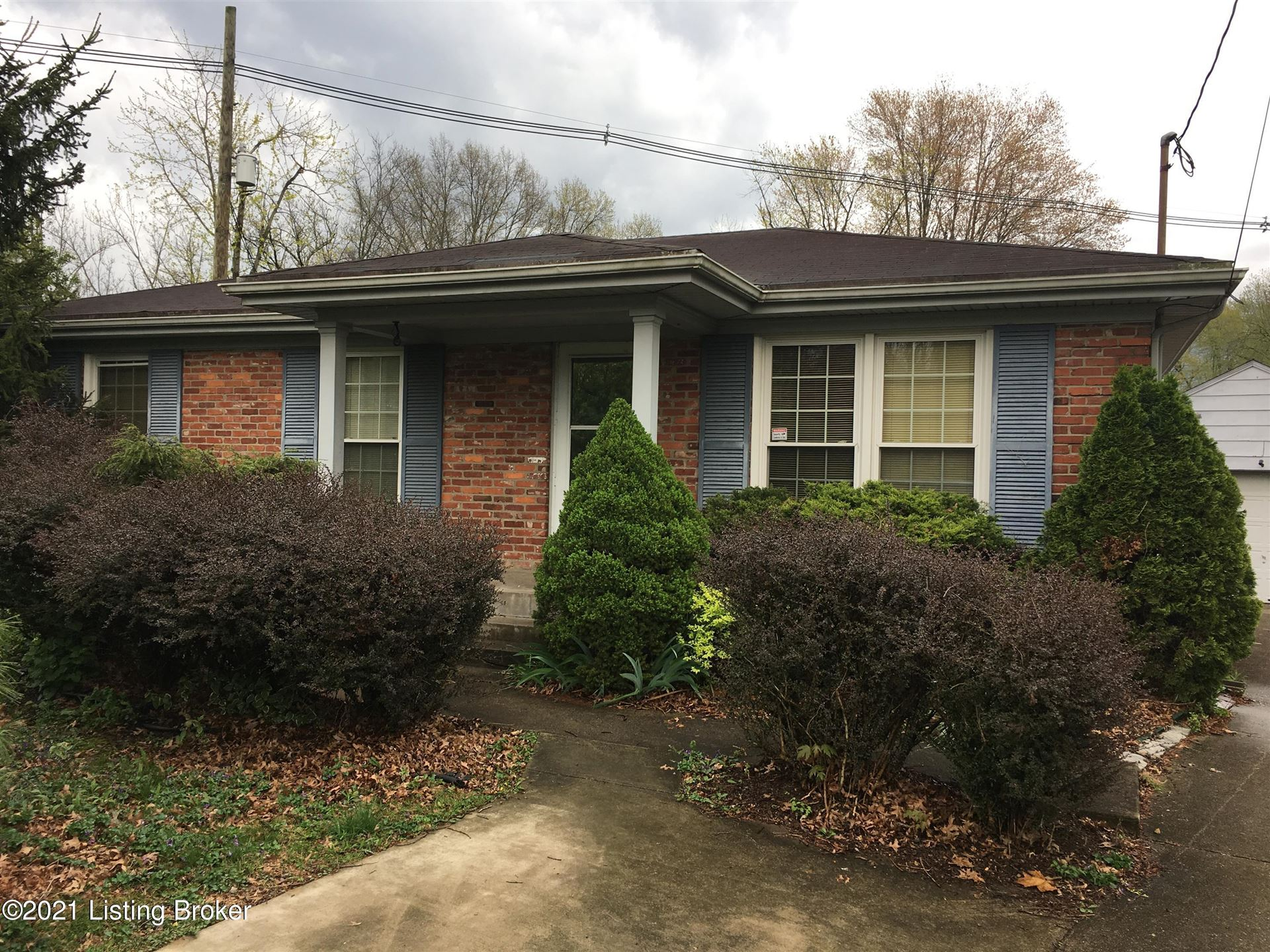 Photo for 205 S Evergreen Rd, Louisville, KY 40243 (MLS # 1579118)