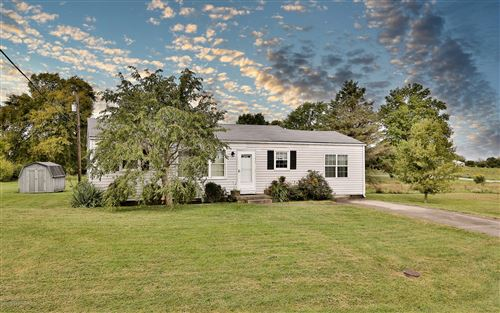 Photo of 700 Old Seven Mile Pike, Shelbyville, KY 40065 (MLS # 1570130)
