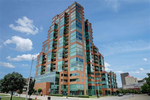 Photo of 222 E Witherspoon St #605, Louisville, KY 40202 (MLS # 1559140)