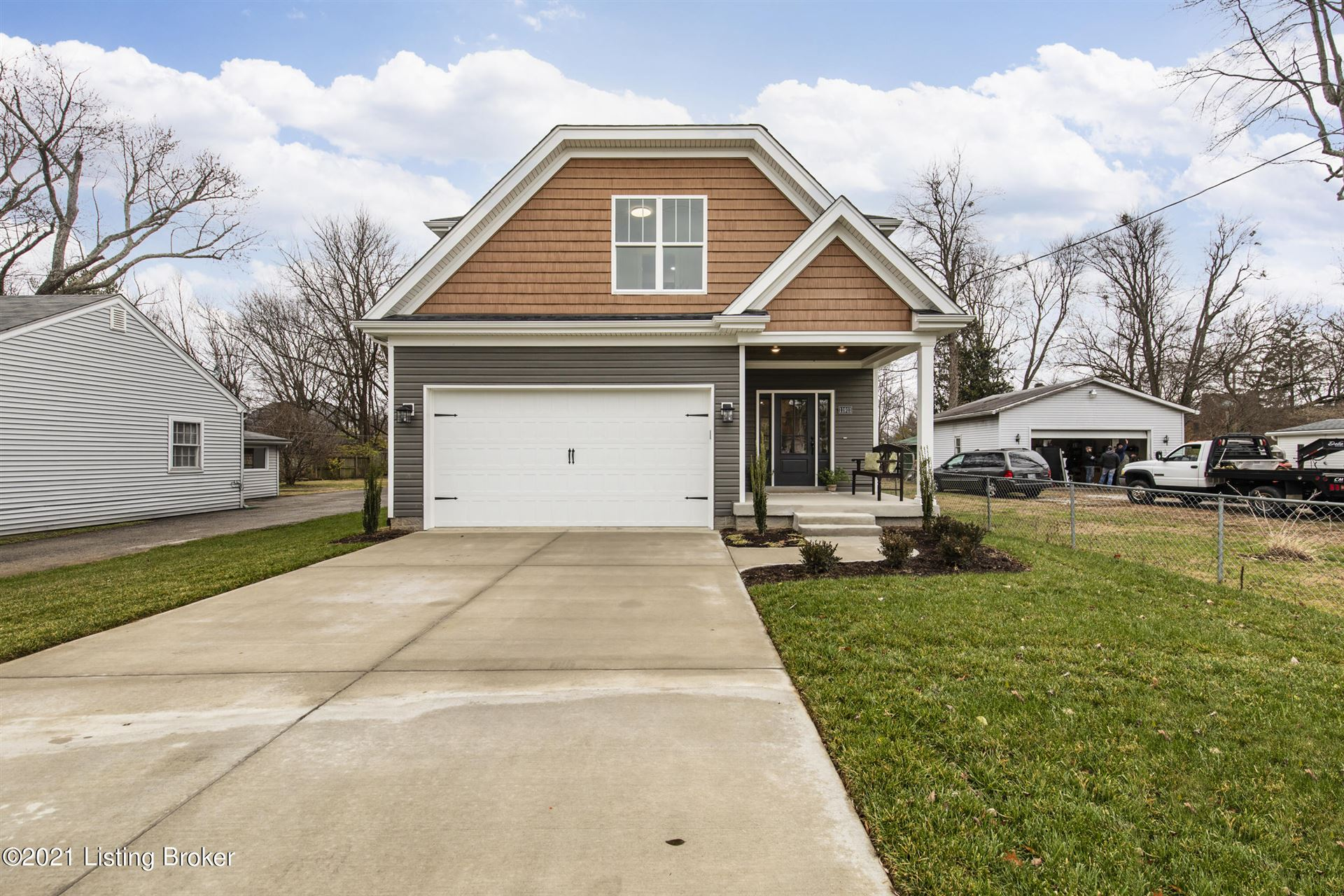 Photo for 11911 Wetherby Ave, Louisville, KY 40243 (MLS # 1579143)