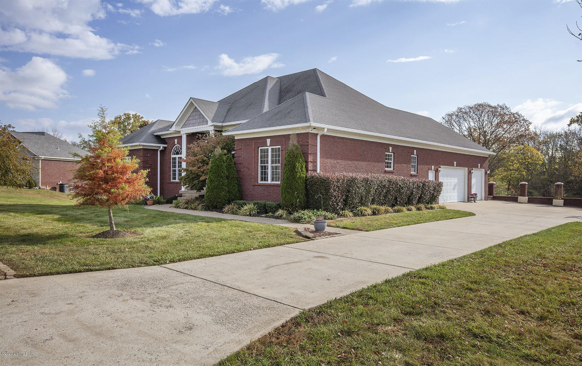 Photo of 565 Peach Orchard Cir, Fisherville, KY 40023 (MLS # 1573162)