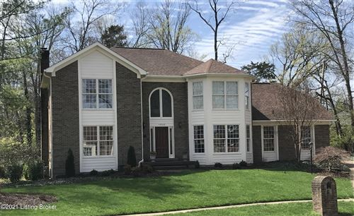 Photo of 14302 Oak Bluff Ct, Louisville, KY 40245 (MLS # 1582163)