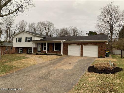 Photo of 211 Lanark Dell, Louisville, KY 40243 (MLS # 1583163)