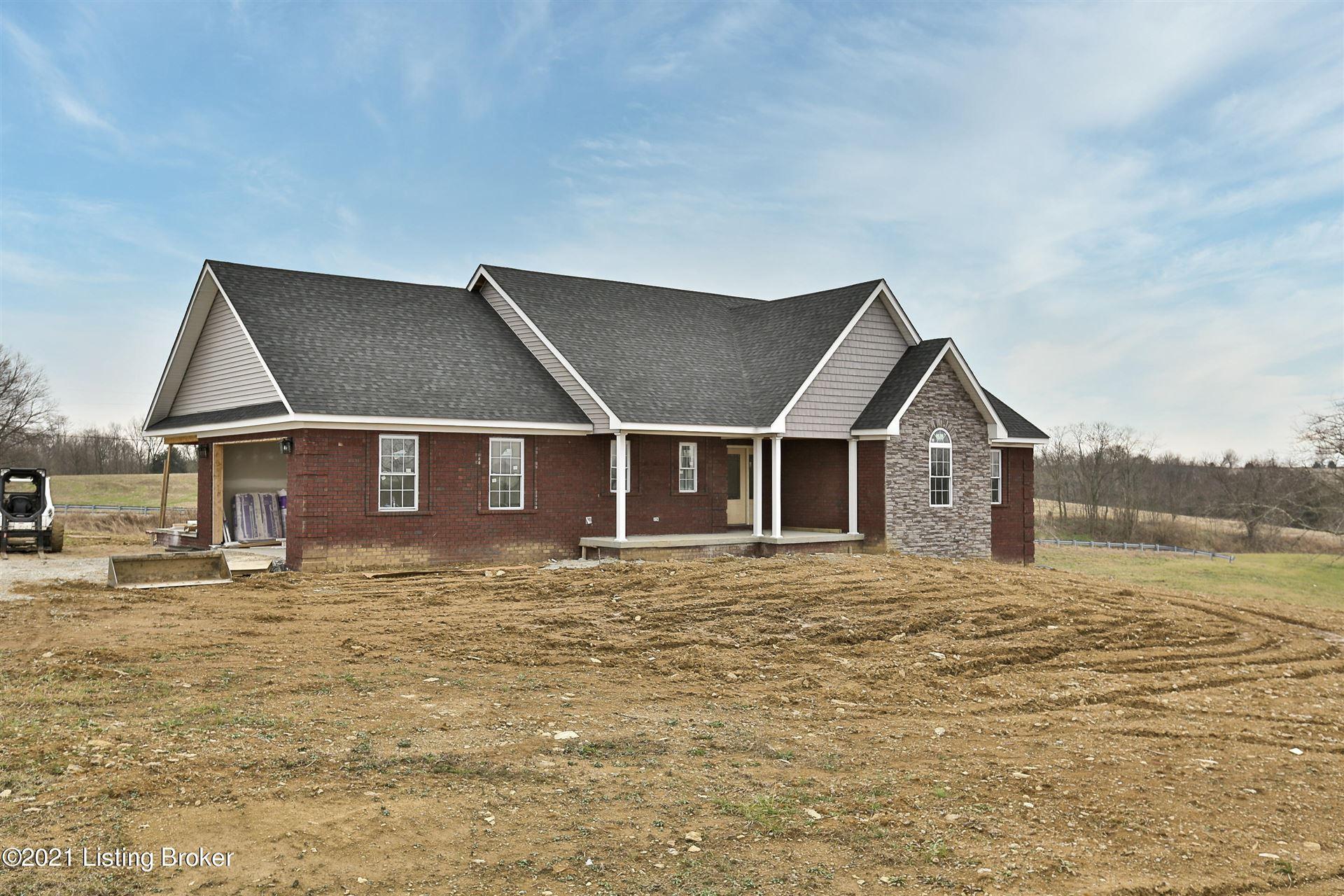 Photo of 8 Overlook Ct, Taylorsville, KY 40071 (MLS # 1577186)