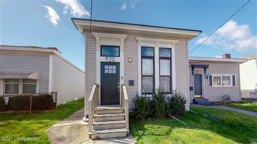 Photo of 920 E Oak St, Louisville, KY 40204 (MLS # 1582203)