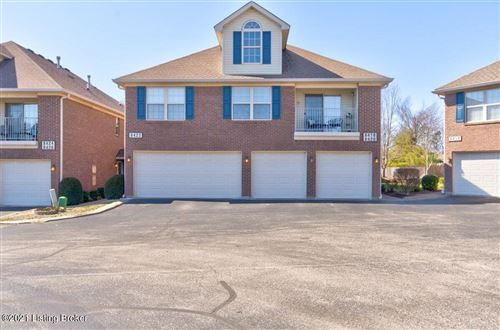 Photo of 8418 Grand Trevi Dr, Louisville, KY 40228 (MLS # 1580220)