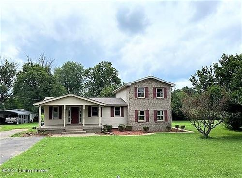 Photo of 6806 Scenic Trail, Louisville, KY 40272 (MLS # 1568222)