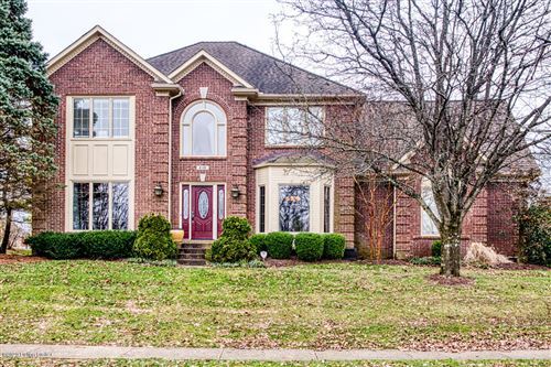 Photo of 830 Lake Forest Pkwy, Louisville, KY 40245 (MLS # 1551228)