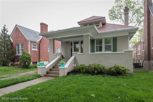 Photo of 407 Wallace Ave, Louisville, KY 40207 (MLS # 1580233)