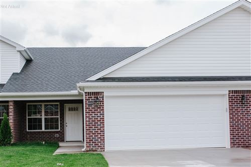 Photo of 11417 River Falls Dr, Louisville, KY 40272 (MLS # 1568234)