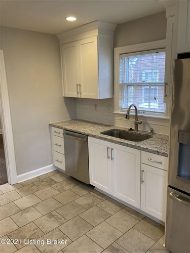 Tiny photo for 3607 St Germaine Ct, Louisville, KY 40207 (MLS # 1596234)