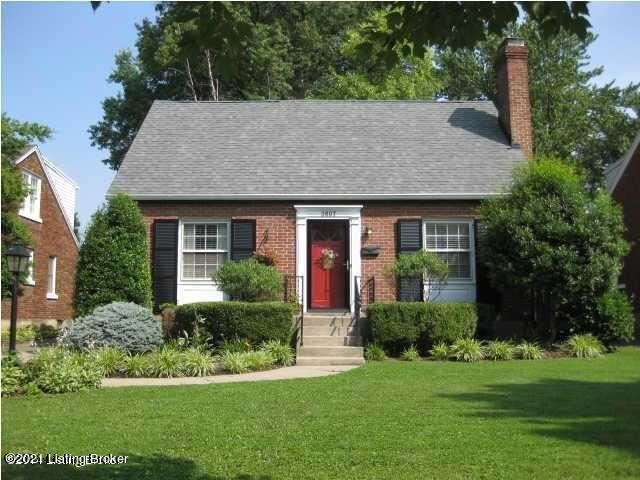 Photo for 3607 St Germaine Ct, Louisville, KY 40207 (MLS # 1596234)