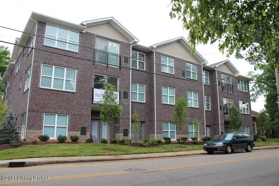 Photo for 2242 Dundee Rd #103, Louisville, KY 40205 (MLS # 1577243)