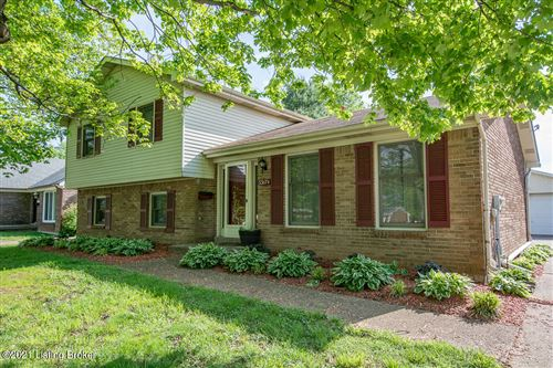 Photo of 3317B Breckenridge Ln, Louisville, KY 40220 (MLS # 1585269)