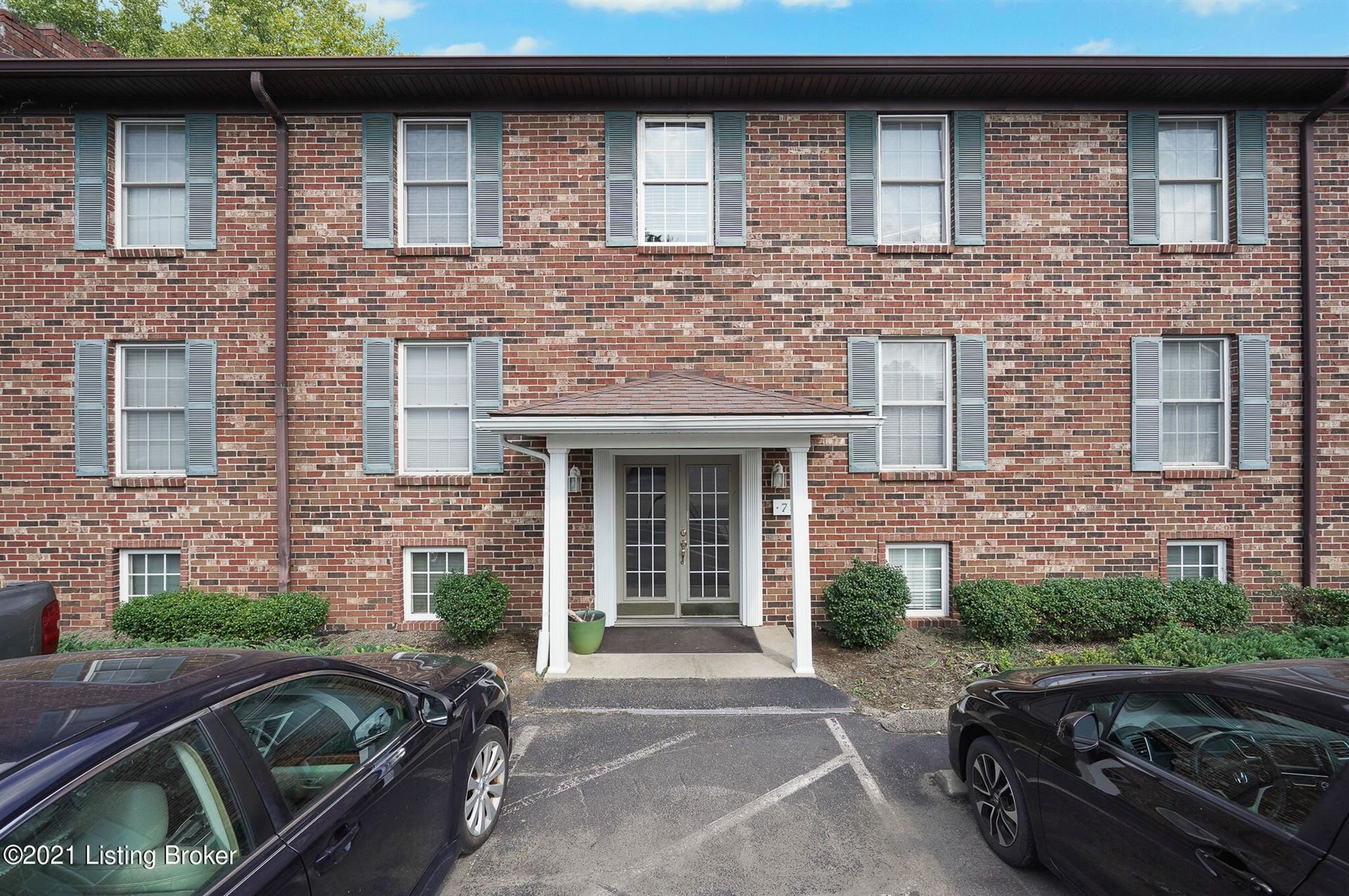 Photo for 737 N Hite Ave #3, Louisville, KY 40206 (MLS # 1596274)