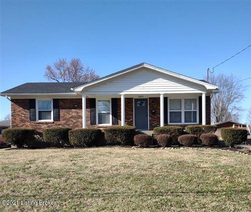 Photo of 5309 Cherita Rd, Louisville, KY 40219 (MLS # 1580283)