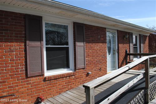 Photo of 5107 Sprucewood Dr, Louisville, KY 40291 (MLS # 1580314)