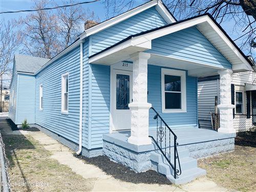 Photo of 217 Hiawatha Ave, Louisville, KY 40209 (MLS # 1580325)