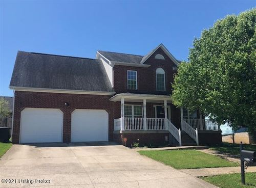 Photo of 3198 Squire Cir, Shelbyville, KY 40065 (MLS # 1587390)