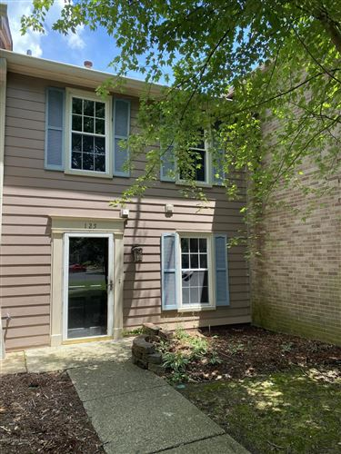 Photo of 125 Dorsey Station Rd, Louisville, KY 40223 (MLS # 1563434)