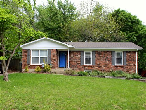 Photo of 6511 Daverman Ct, Louisville, KY 40228 (MLS # 1560463)